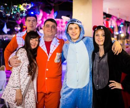 Новогодняя корпоративная пижамная вечеринка для alpla